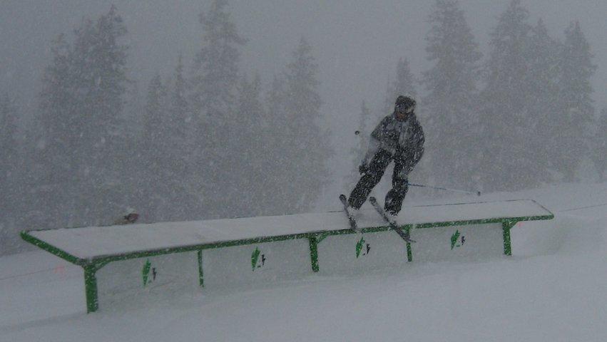 Snow an c-box at abasin