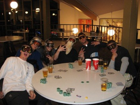 Poker at Snoasis