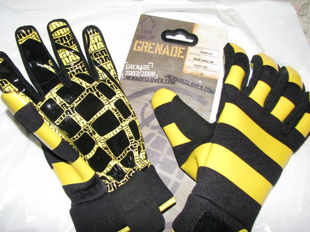 Sexy gloves; Yea or Nea??