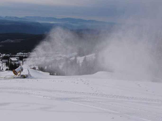 Snowmaking at Big White!