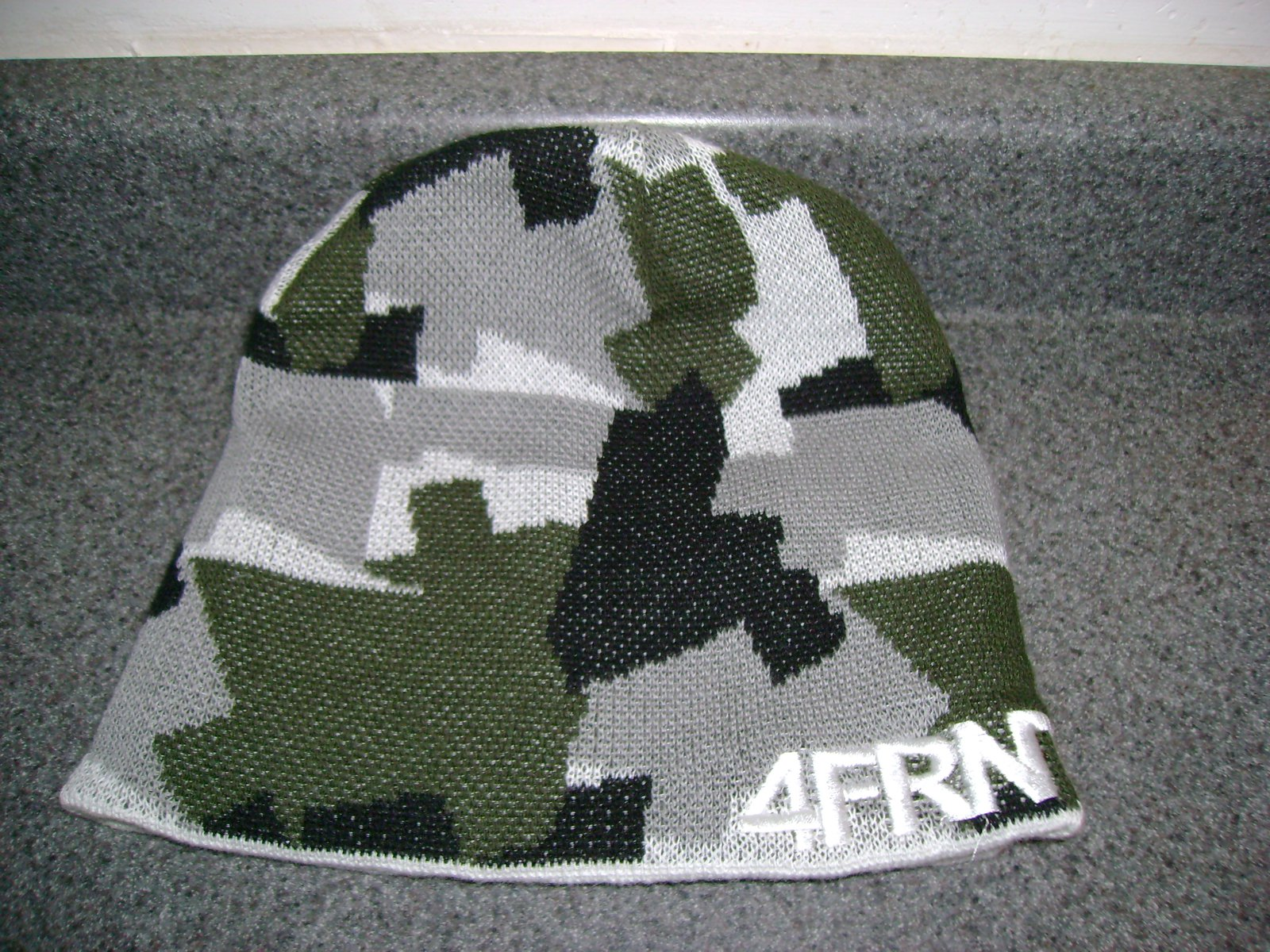 4frnt hat