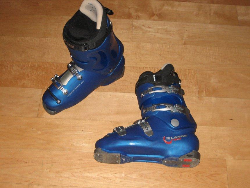 Lange 70 CRL ski boots