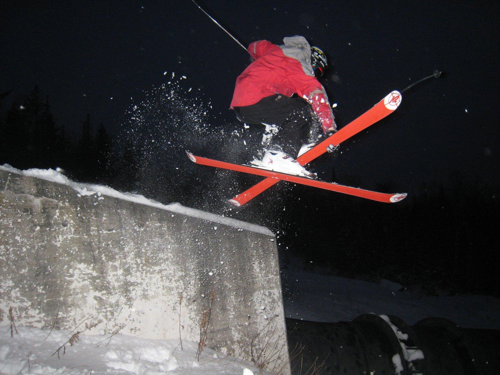 Pipeline skiing
