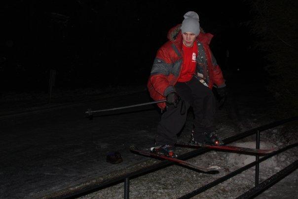Straight hand rail