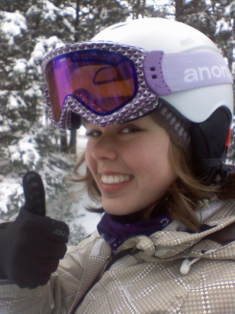Thumbs up for snowshredding!