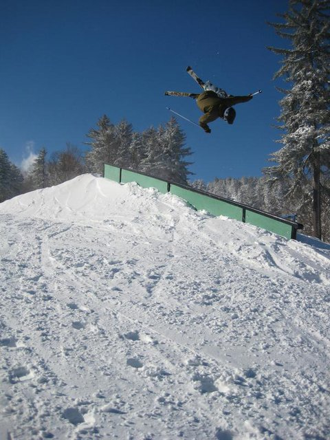 Another clip- underflip 450 on