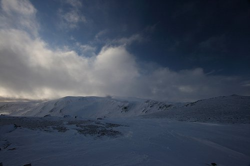 Glenshee Opening Weekend Part 2  6/1/08 (Carn Na Sac)