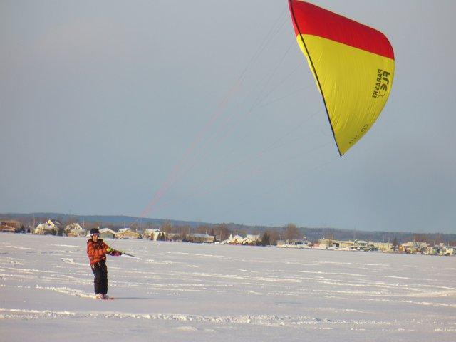 Kite skiing 3