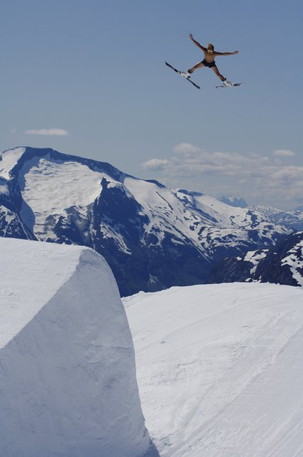 Jon olsson sumemr skiing