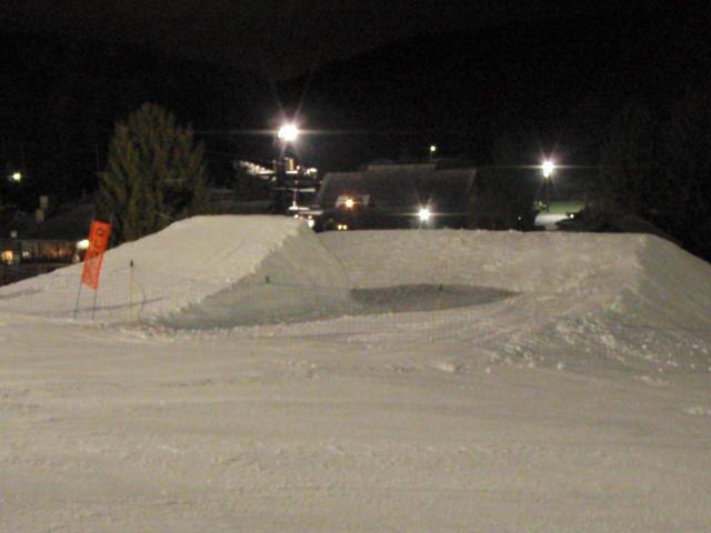 Snowtrails jump