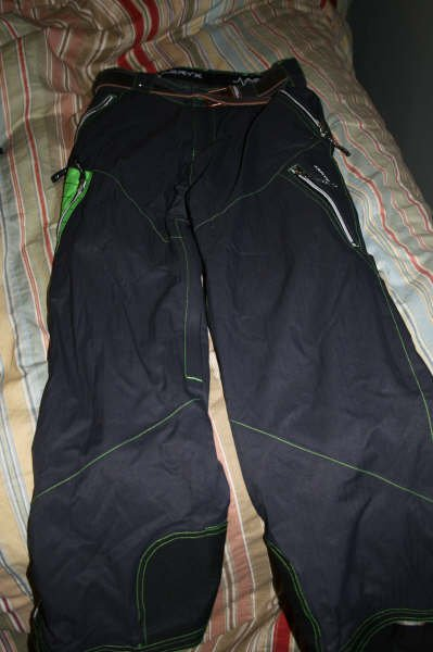 Aeryx traid pants for sale size M