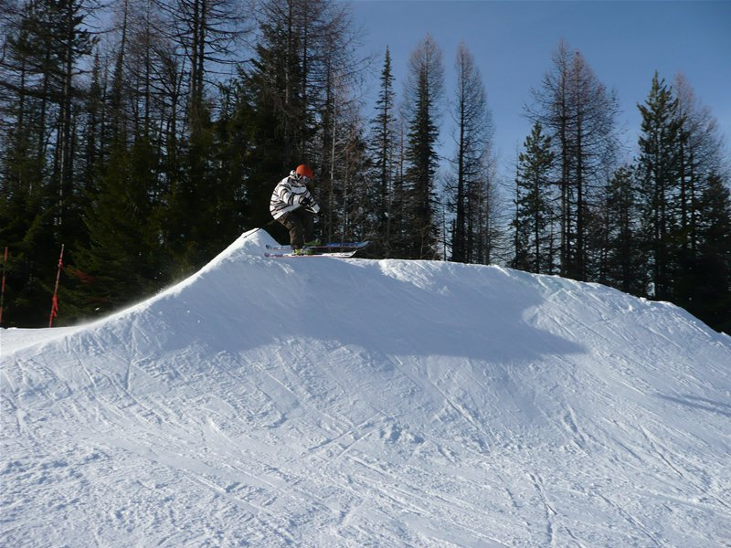 One of my first airs on Skis
