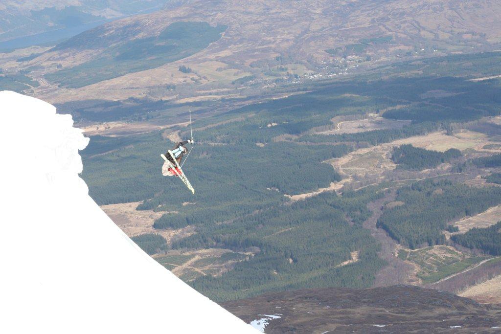 Nevis Freeski Range