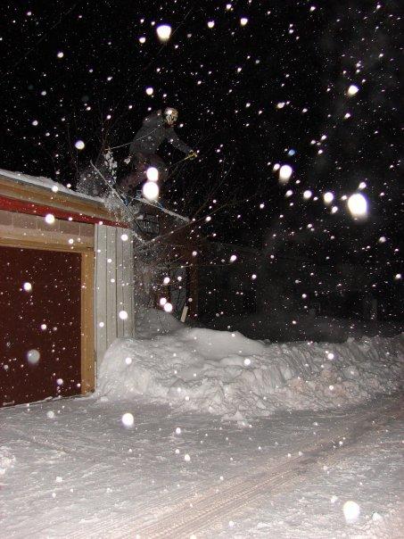 Garage snow,jump off it