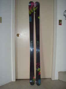 K2 extreme 2009 - limited edition mt baker graphic