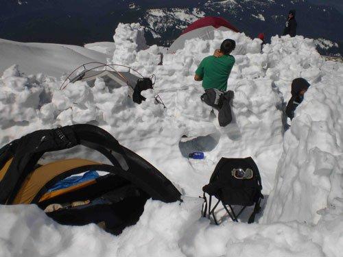 Snow_camping