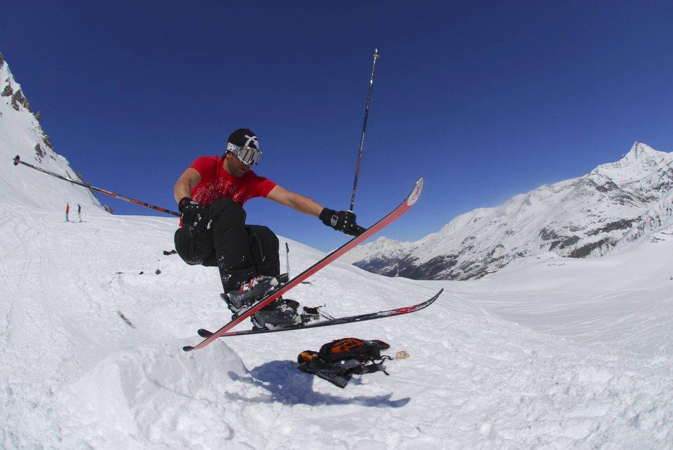 Cross ski grab.