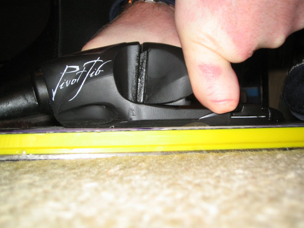 PX12 toe horizontal release