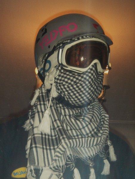 Terrorrist Steeze with Helmet