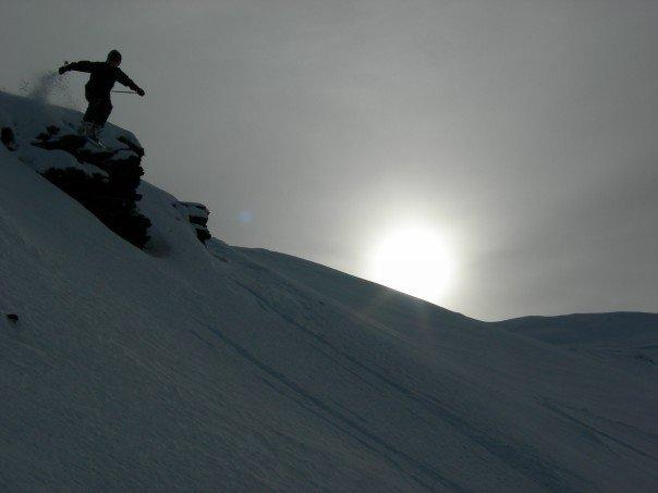 Heli skiing in NZ