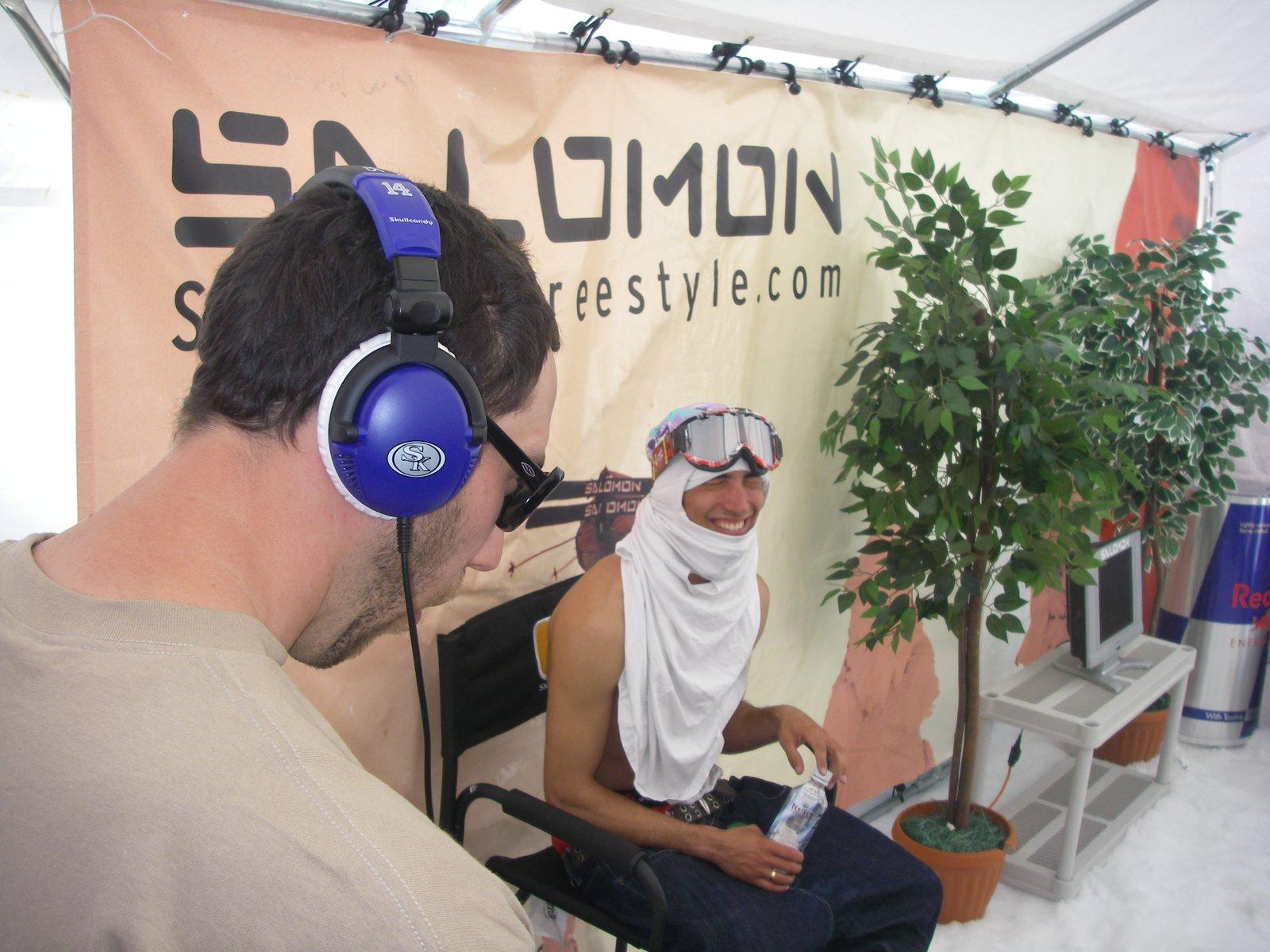 Dakota spinning breats for Cosco int eh Salomon Lounge
