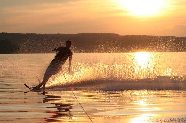 Sunset waterski