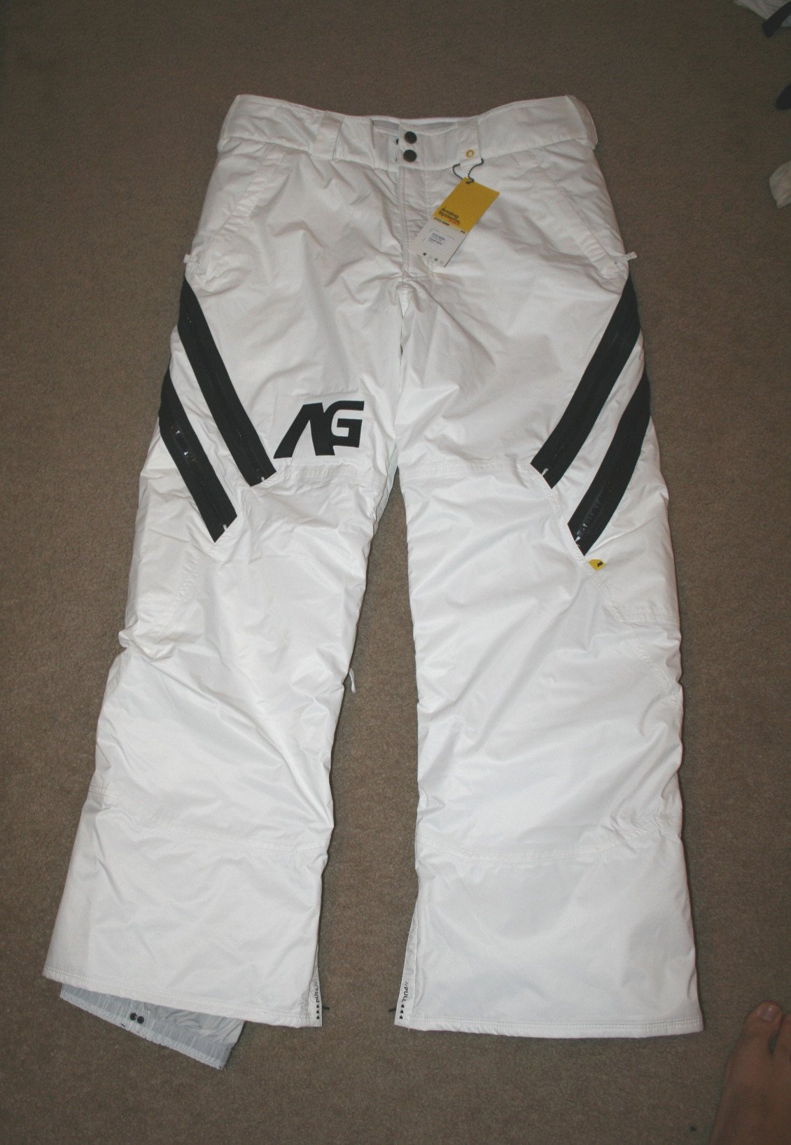 '09 Analog Coffin pants