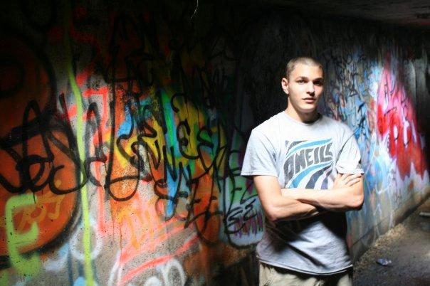 Graffiti tunnel1