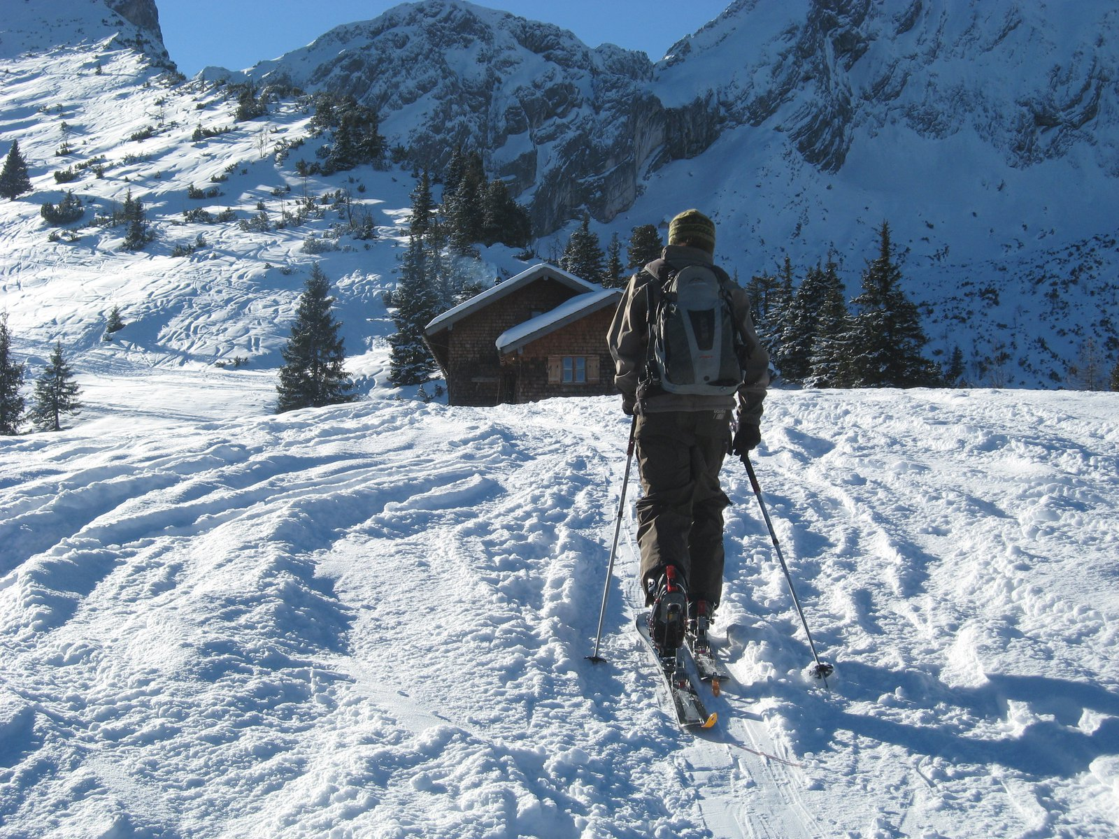 Skinning to a Hutte below the Alspitze