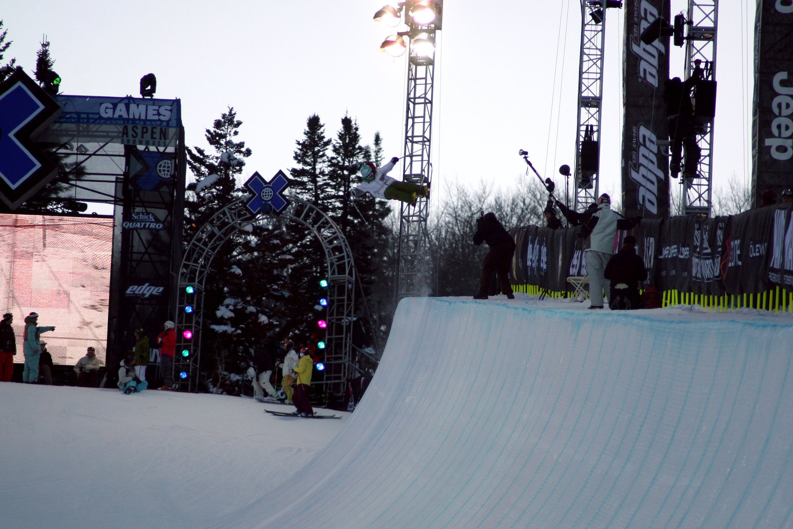 Hitten the pipe at x games