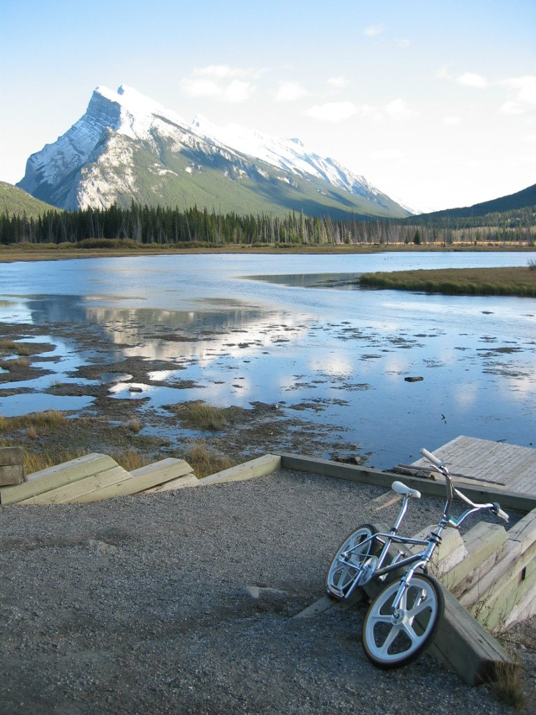 Rundle mountain vermillion lakes