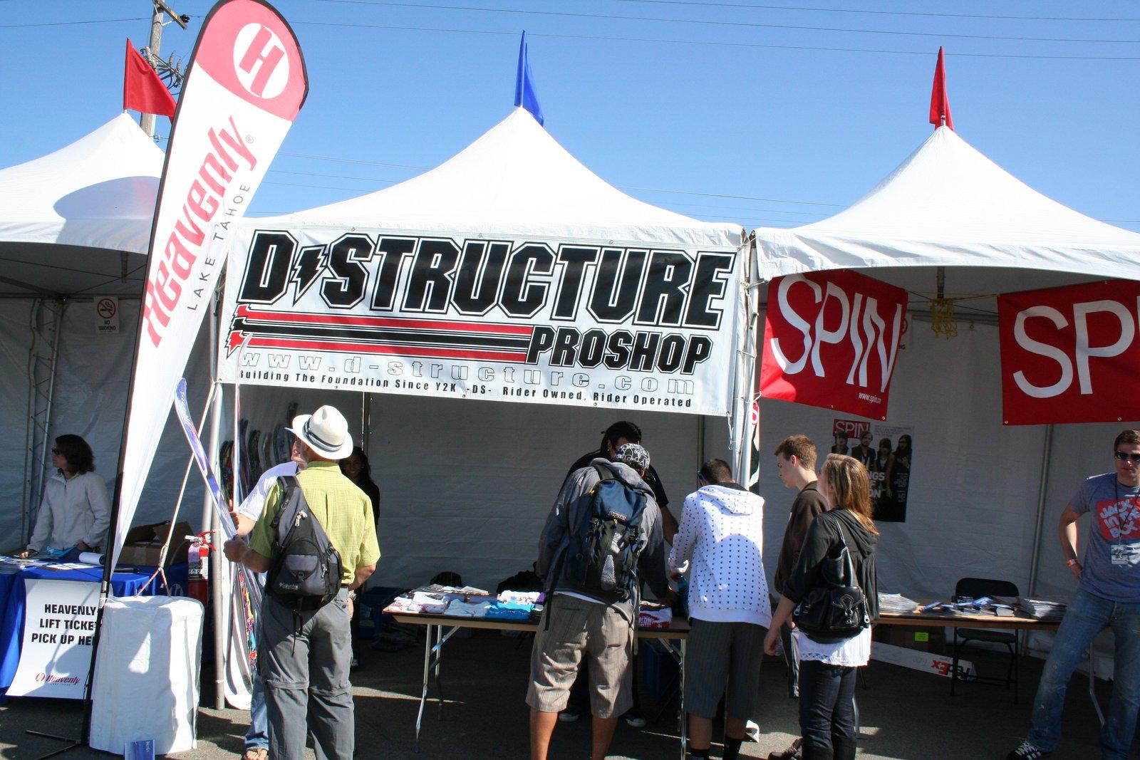 D-structure tent