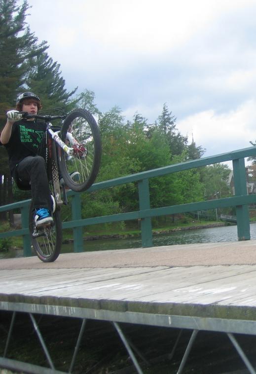 Dock wheelie