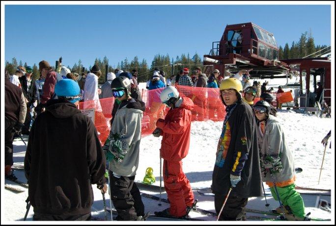 Ski crew