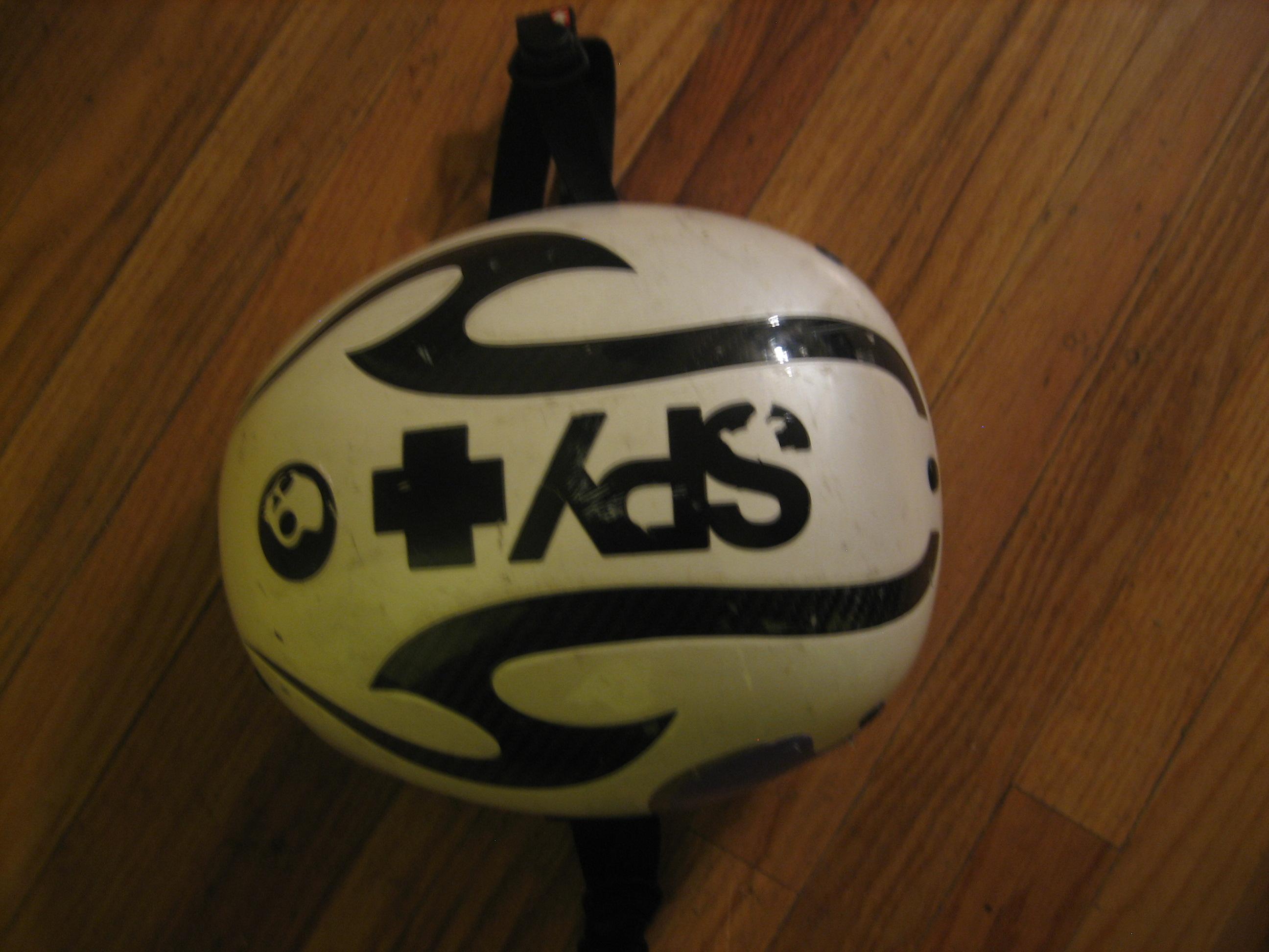 Tommy helmet