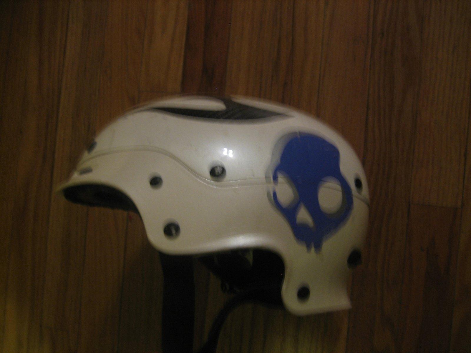 Tommy helmett