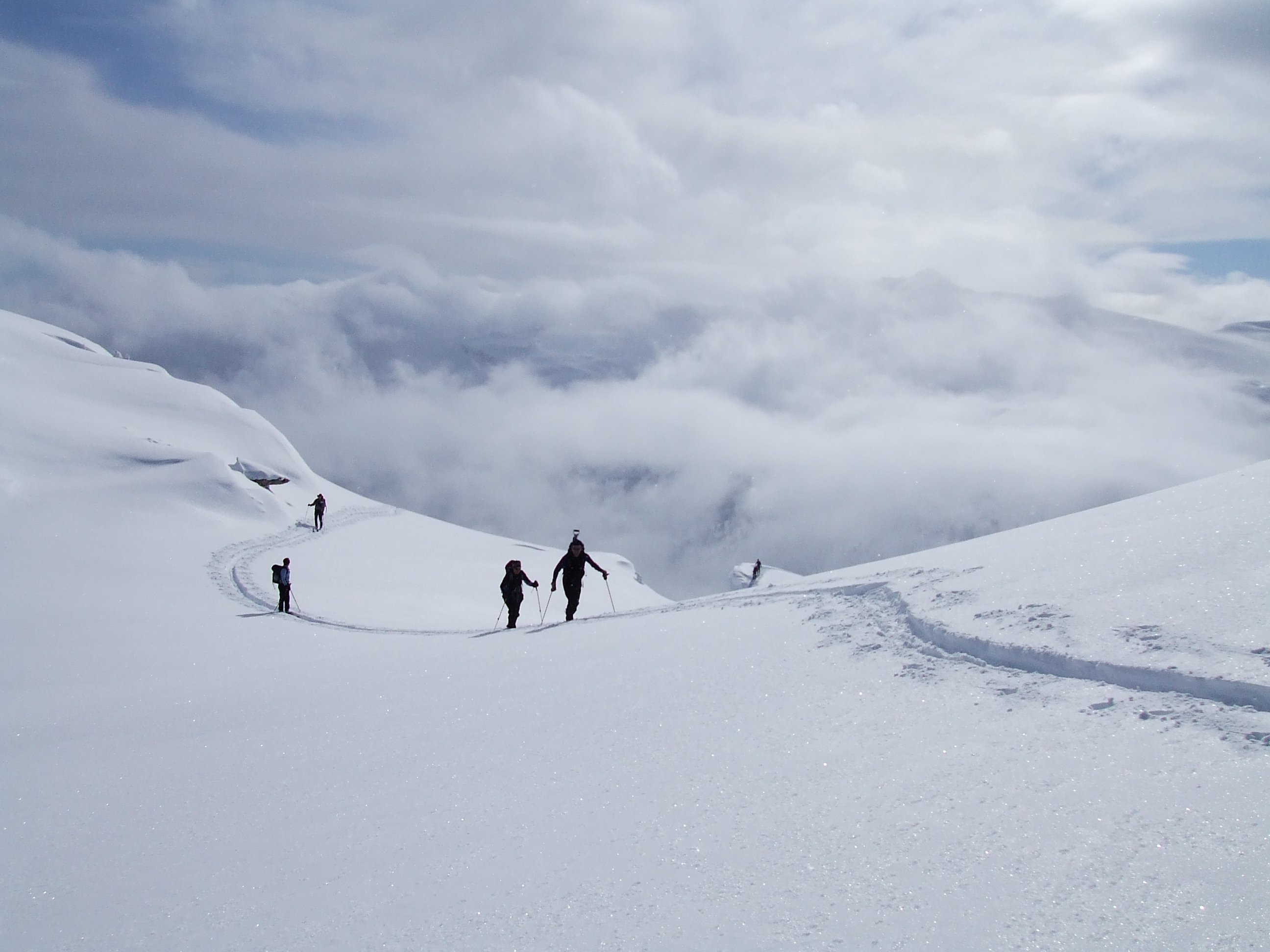 Skinning above the clouds