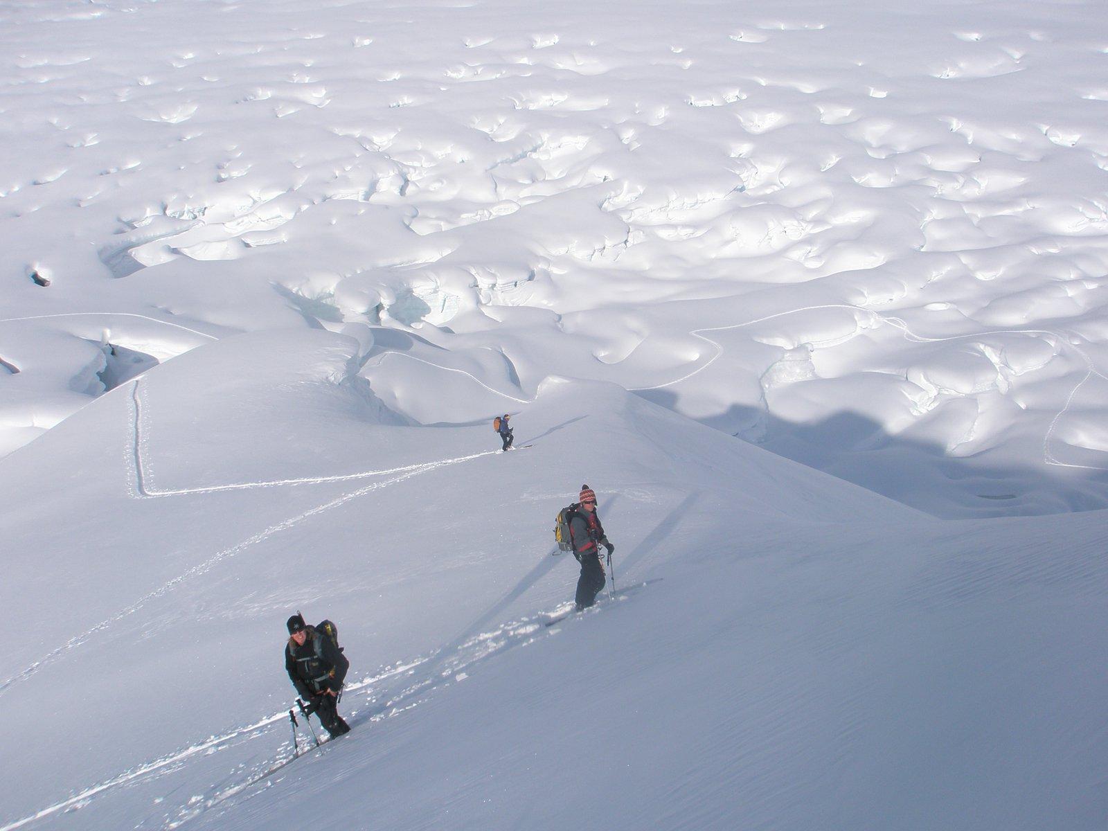 Skinning above crevasses
