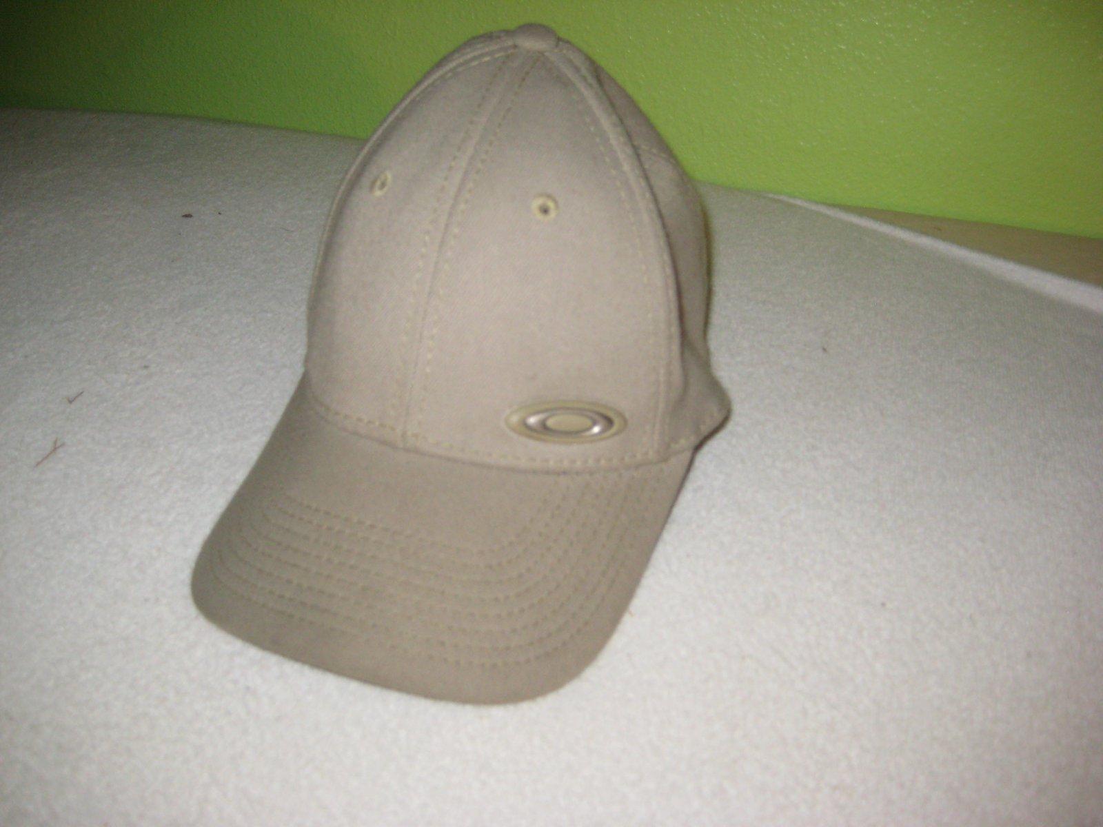 Old oakley hat