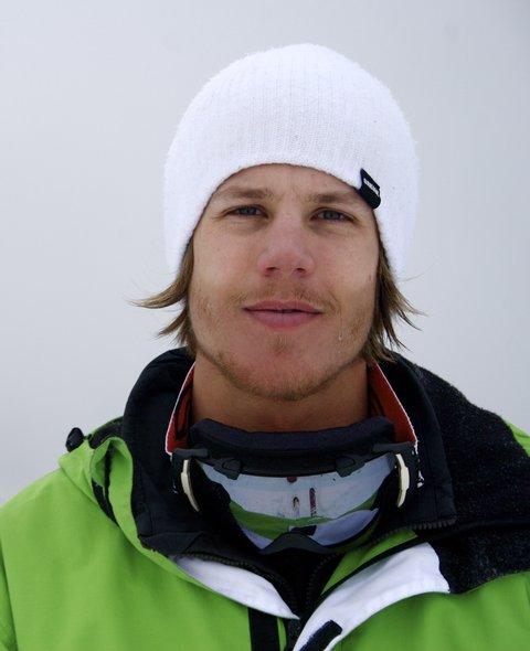 Skiing some NZ pow