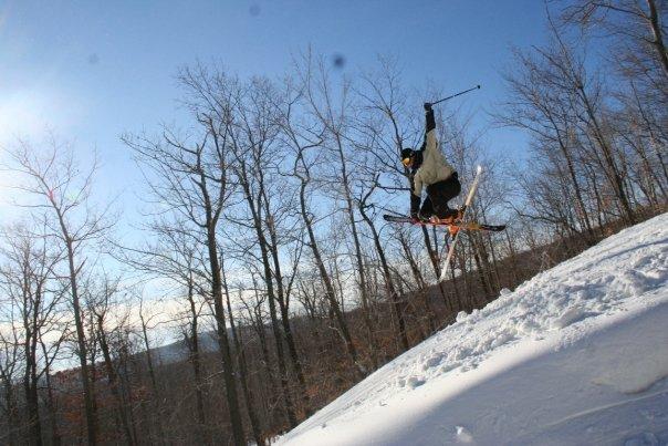 Ripped my ski off i tweaked it so bad.