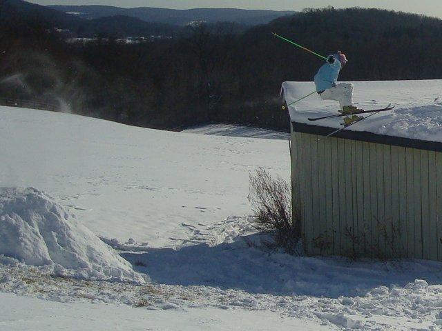 Jump to hay barn jib