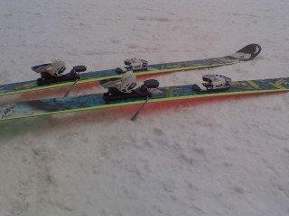 My skis glow!