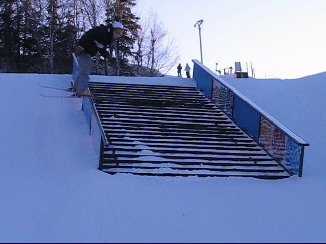 Nose press stair case rail