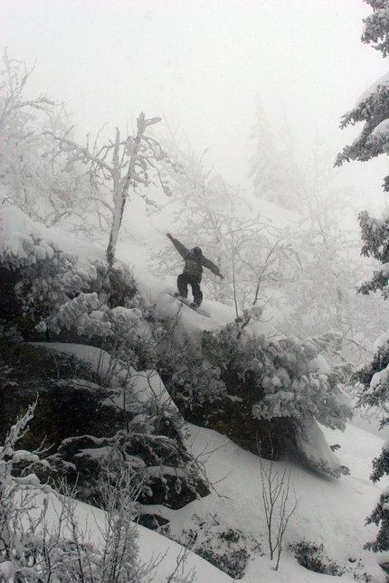 Snowboard drop