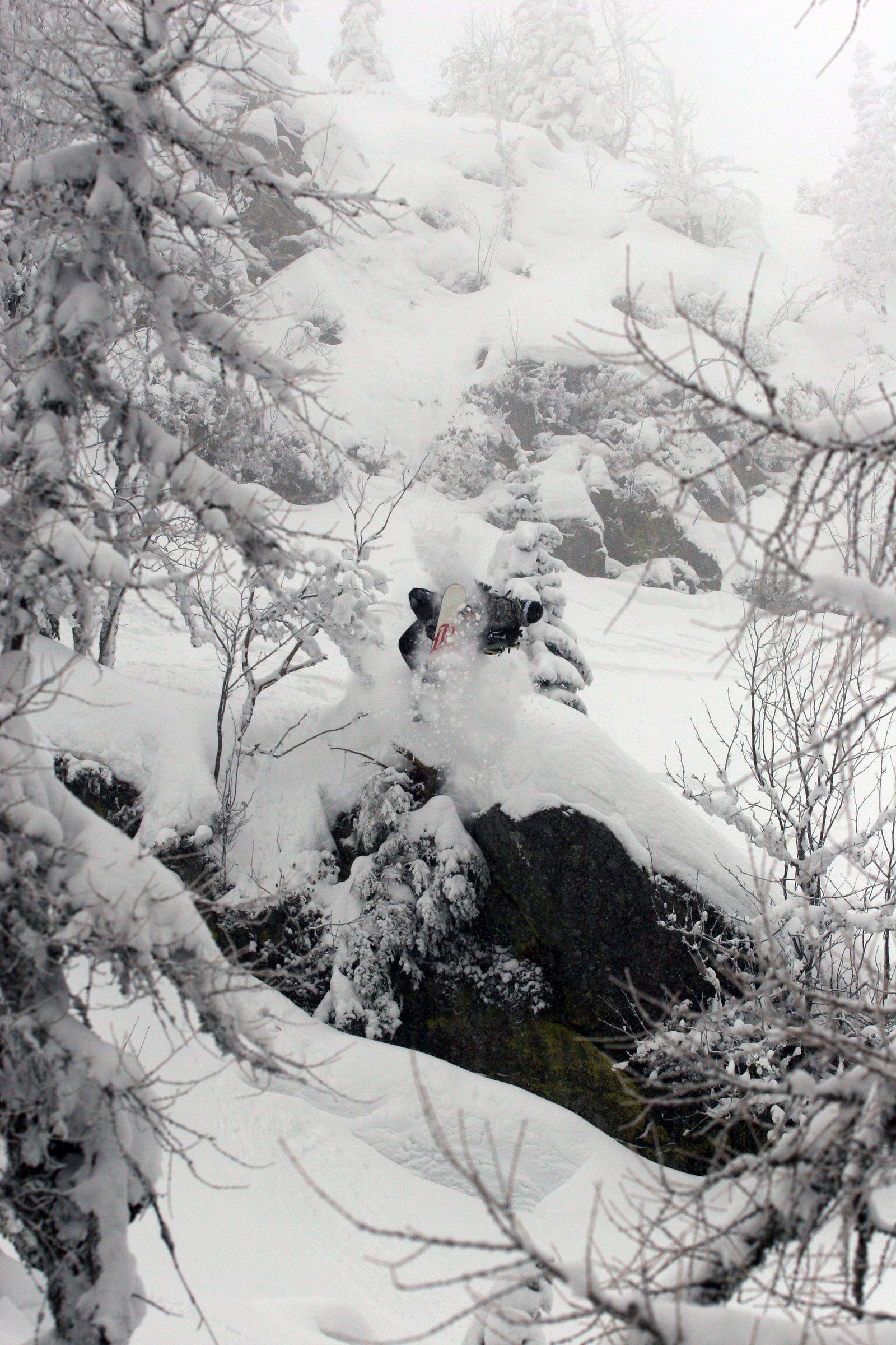 Snowboard sideflip