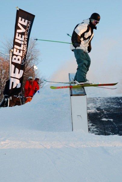 Snowbord railjam