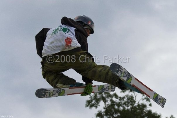 Me, getting the tweak, dont know the grab, safety maybe?
