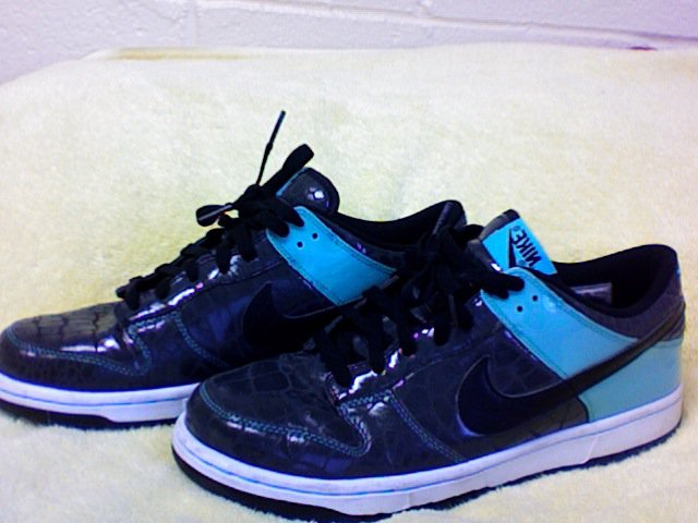 Nike Low Dunks Patent Alligator size 9 for sale
