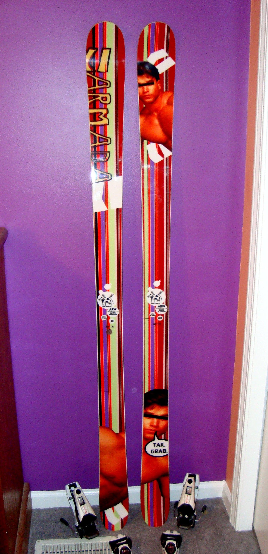 New skis =]